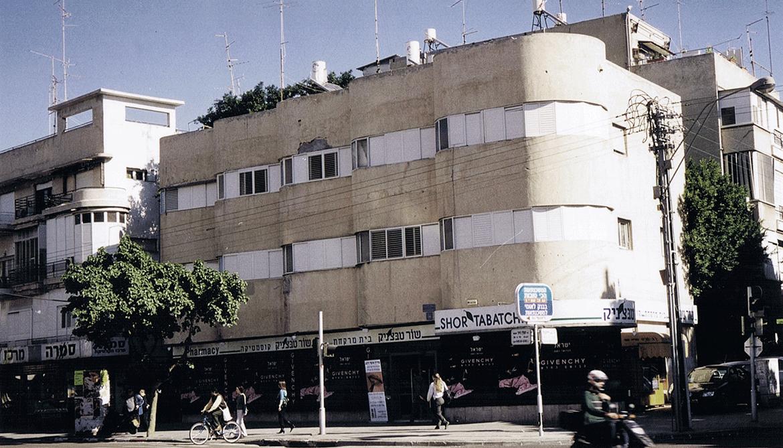 בניין שור טבצ׳ניק משנת 1982